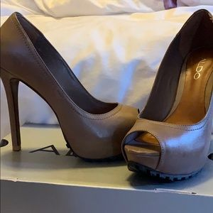 Also open toe heels